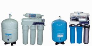 ro逆滲透淨水器1,2,3道連接管一直噴水