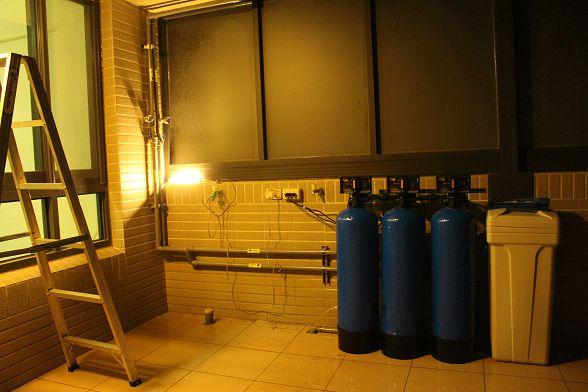 好久沒有安裝大金剛全戶式過濾器超過六小時了....又冷又累.